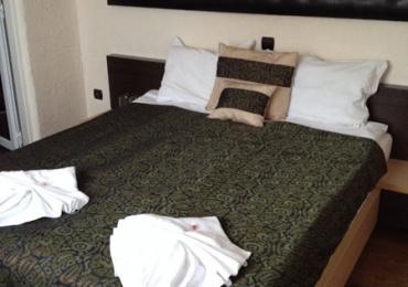 Хотелска част към комплекс Камелот 3