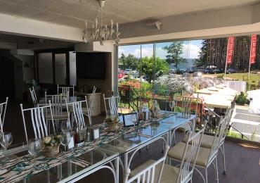 Ресторант към комплекс Камелот 23