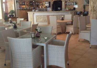 Ресторант към комплекс Камелот 3