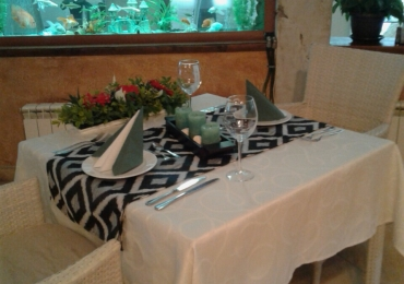 Ресторант към комплекс Камелот 7