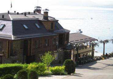 Хотелски комплекс Камелот 3